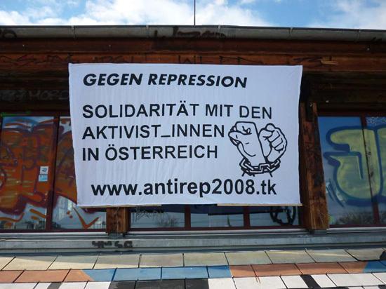 Transpi & Demo Prozess Tierbefreier*innen Österreich