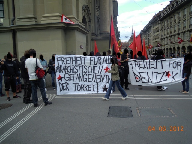 Freiheit für alle politischen Gefangenen Demo