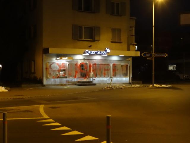 Farbangriff Credit Suisse