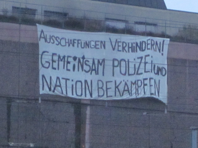 Transpiaktion rassistischer Angriff & Bundeslager Thun