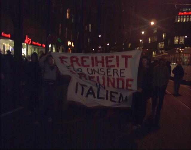 Demo Verhaftung Berner Aktivistinnen Italien