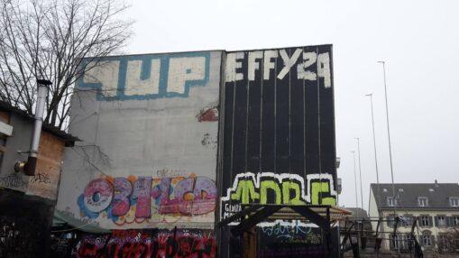 1UP loves effy29