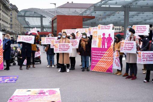 Flashmob Start 16 Tage gegen Gewalt an Frauen