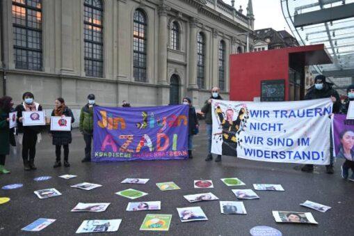 Kundgebung Mord Yasemin Çetindağ in Strassburg